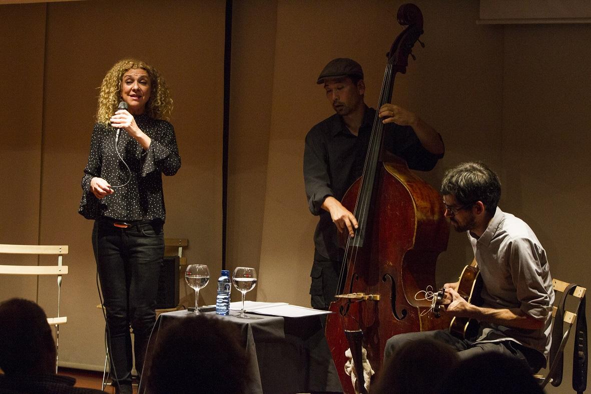 jazz-carme-canela-trio (5)