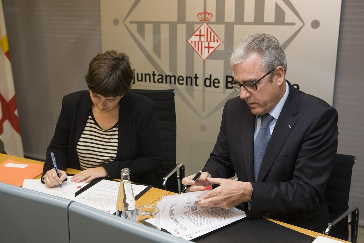 signatura-conveni-Ajuntament-COFB (2)