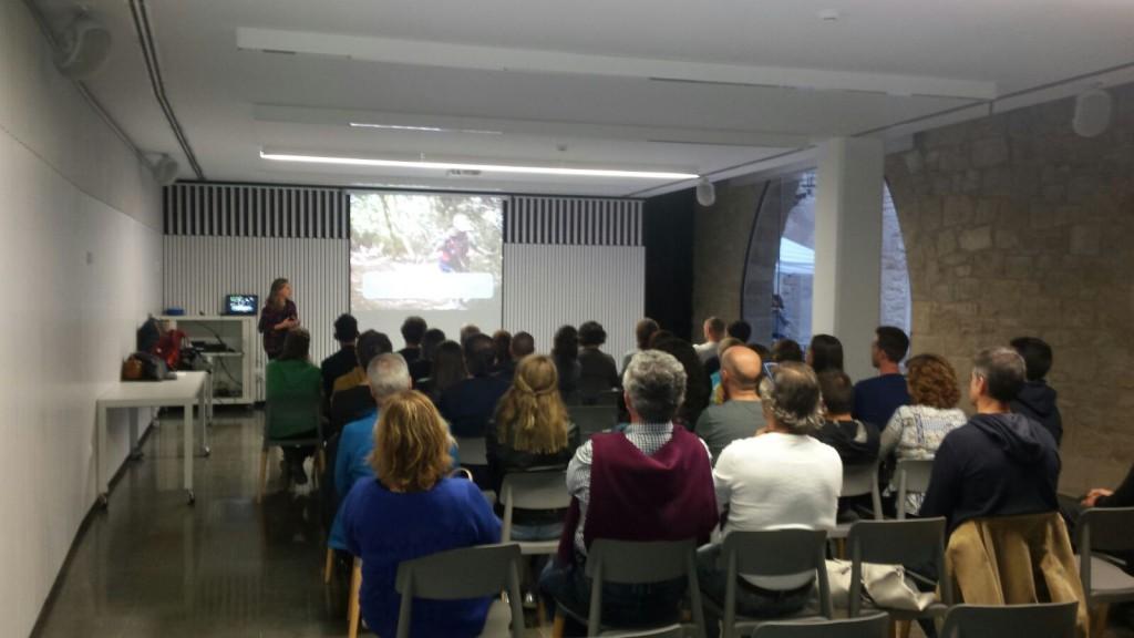 """La conferència """"Estratègies nutricionals en una marató de muntanya"""" va despertar molt interès entre els assistents."""