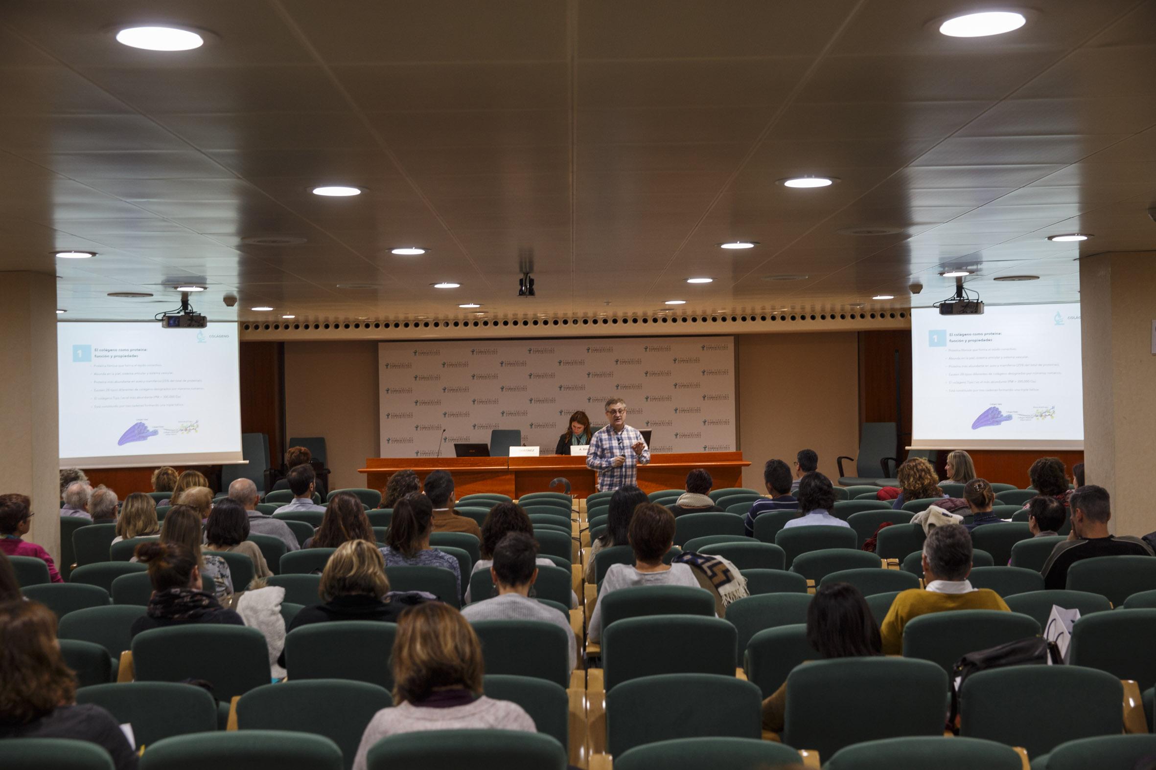 La conferència va aportar el coneixement de les evidències més recents del col·lagen.