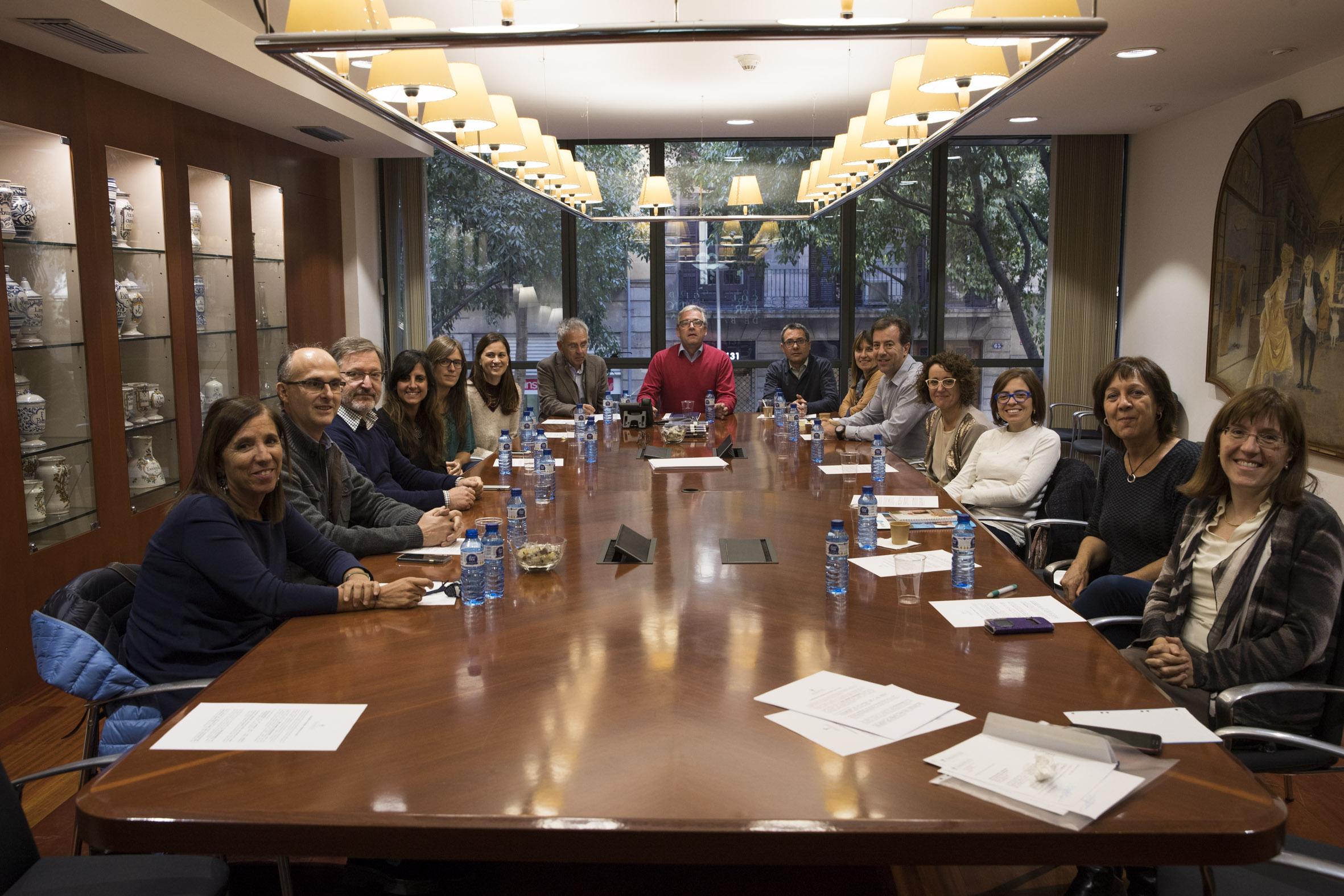 Sessió de presentació dels treballs resultants de les Beques Col·legials 2016 - 2017.