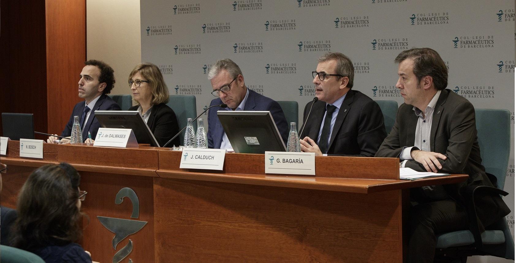 D'esquerra a dreta: Jordi Casas, secretari; Núria Bosch, vicepresidenta; Jordi de Dalmases, president; Joan Calduch, tresorer, i Guillermo Bagaria, vicetresorer