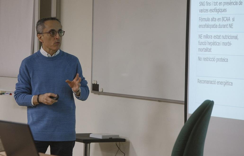 La metodologia del curs va combinar teoria i pràctica.