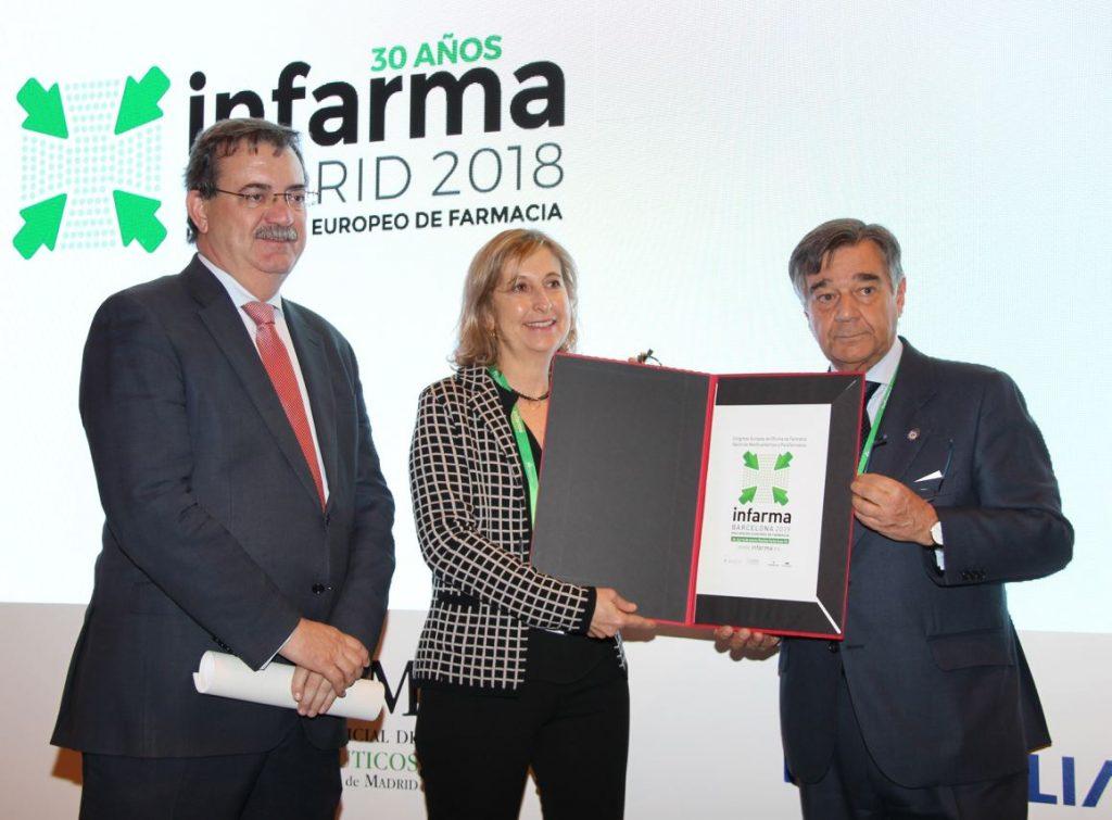 Manuel Molina, viceconsejero de Sanidad de la Comunidad de Madrid, Núria Bosch, vicepresidenta del COFB i Luis González, president del COFM.