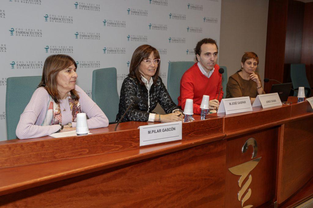 M. Pilar Gascón, M. José Gspar, Jordi Casas i Conxita Mestres, durant la presentació.