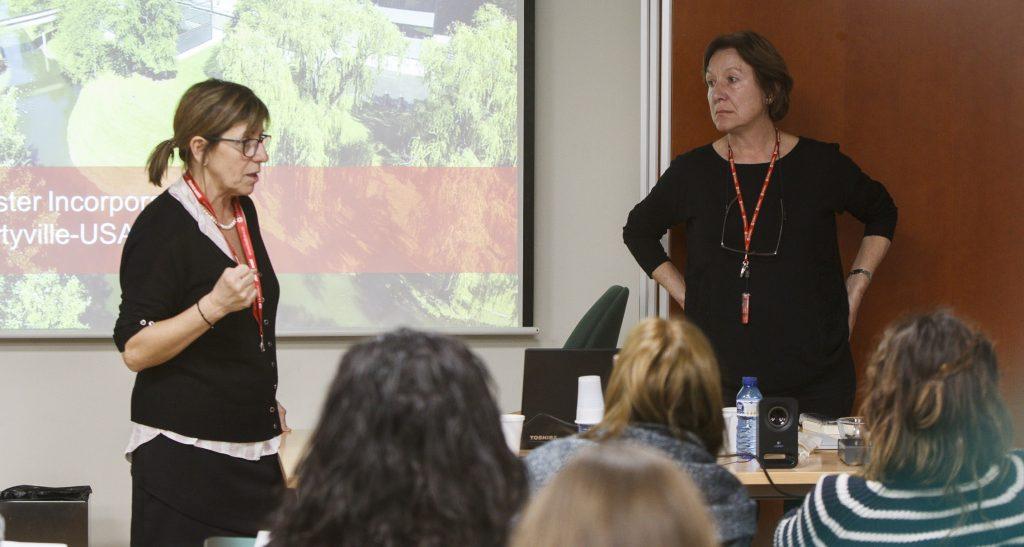 La formació va anar a càrrec de Teresa Poca, infermera estomaterapèuta, supervisora de l'Hospital de Barcelona i Patricia López, coordinadora del Servei d'Atenció d'Infermeria de Hollister Ibérica.