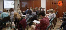 Més de 900 farmacèutics s'inscriuen als tallers de la campanya #AtencióPell