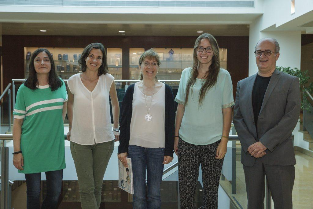 Sònia Abilleira, Marta Massanes, Roser Vallès, Andrea Molina i Antoni Martínez.