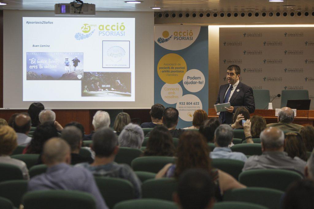 Santiago Alfonso, director d'Acció Psoriasi, en un moment de la celebració dels 25 anys d'aquesta associació de pacients.