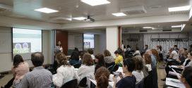 Farmacèutics de Barcelona es formen per tenir més eines en l'atenció a pacients amb càncer