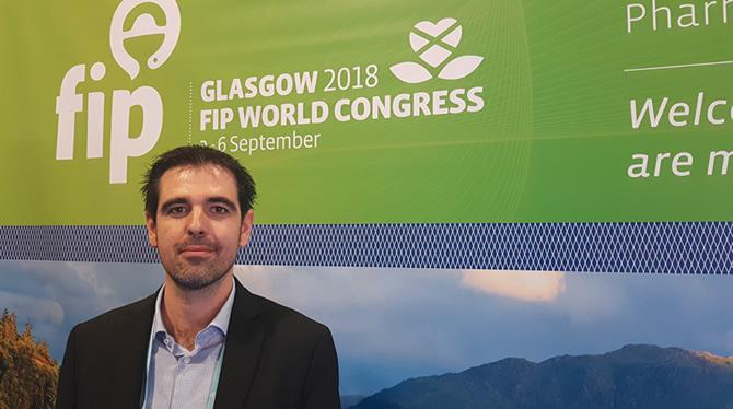 El nou vicepresident per Europa de la Secció de Farmàcia Hospitalària de la Federació Internacional de Farmacèutics (FIP) durant el congrés celebrat recentment a Glasgow. (Imatge: Portalfarma)