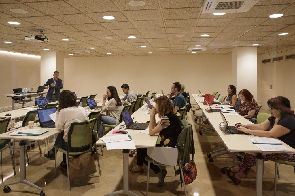 Imatge de la sessió d'anàlisi de decisió multicriterial (ADMC) celebrada al COFB.