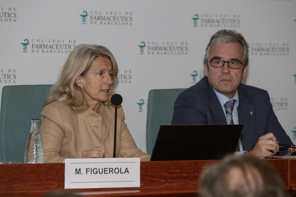 Maria Ángeles Figuerola acompanyada de Jordi De Dalmases.