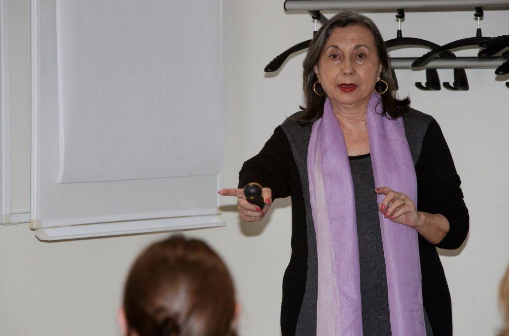 """María José Alonso va formar part de l'equip docent de la formació """"Interaccions. Més enllà del medicament""""."""