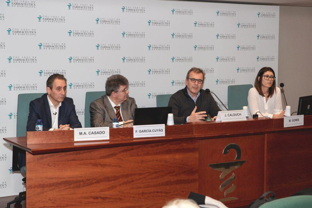 Els tres ponents del curs, Miguel Angel Casado, Francesc García Cuyàs i Mar Gomis Pastor, amb el coordinador, Joan Calduch.