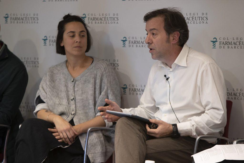 Guillermo Bagaria, vicetresorer i responsable d'Atenció Farmacèutica del COFB, va moderar la sessió.