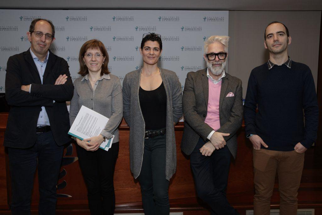 D'esquerra a dreta: Josep Vidal, Roser Vallès, Mar Blanco, Xavier Cos i Diego Mena.