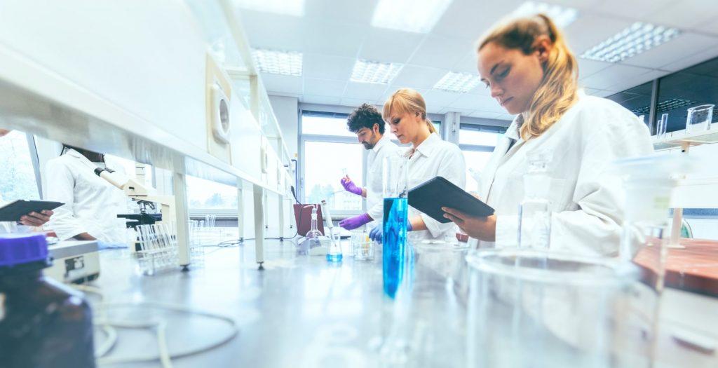 Ja està oberta la convocatòria 2019 de beques i premis del Col·legi de Farmacèutics de Barcelona.