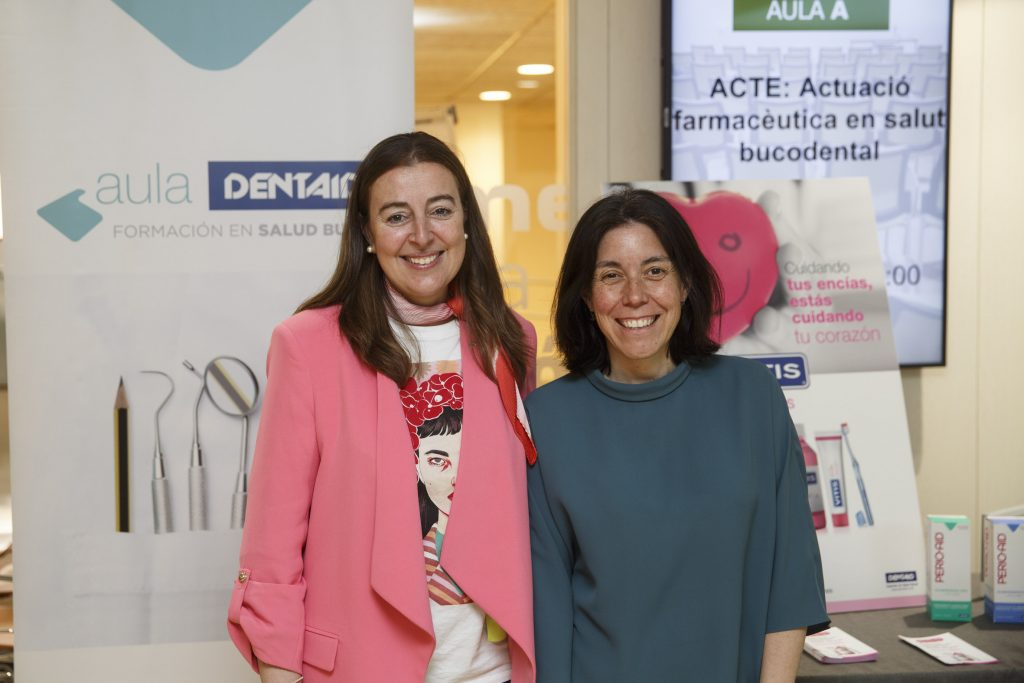 Aina Surroca i M. Ángeles García Pereiro van impartir les tres sessions del curs.
