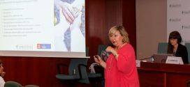 Treballant en la millora de l'atenció i el consell a pacients amb incontinència urinària