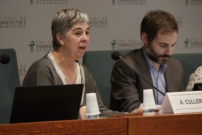 Anna Maria Culleré, vocal de Distribució del Col·legi i coordinadora del curs, en un acte recent al COFB.