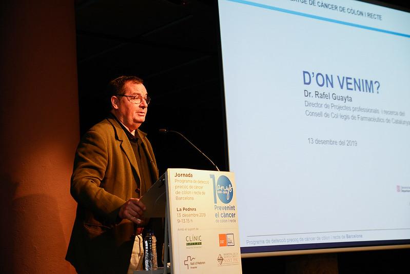 El Dr. Rafa Guayta, director de projectes i recerca del CCFC, en un moment de la seva intervenció. Font imatge: Hospital Clínic de Barcelona