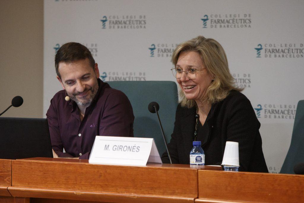 Montserrat Gironès, vocal d'Ortopèdia del COFB, va introduir la sessió.
