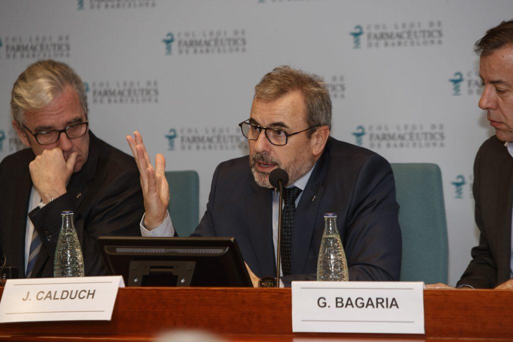 Joan Calduch, tresorer del Col·legi, durant la seva presentació de l'informe econòmic.