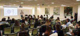 """Nova edició de la formació """"Consultes freqüents en dermofarmàcia"""" dirigida a tècnics i auxiliars"""