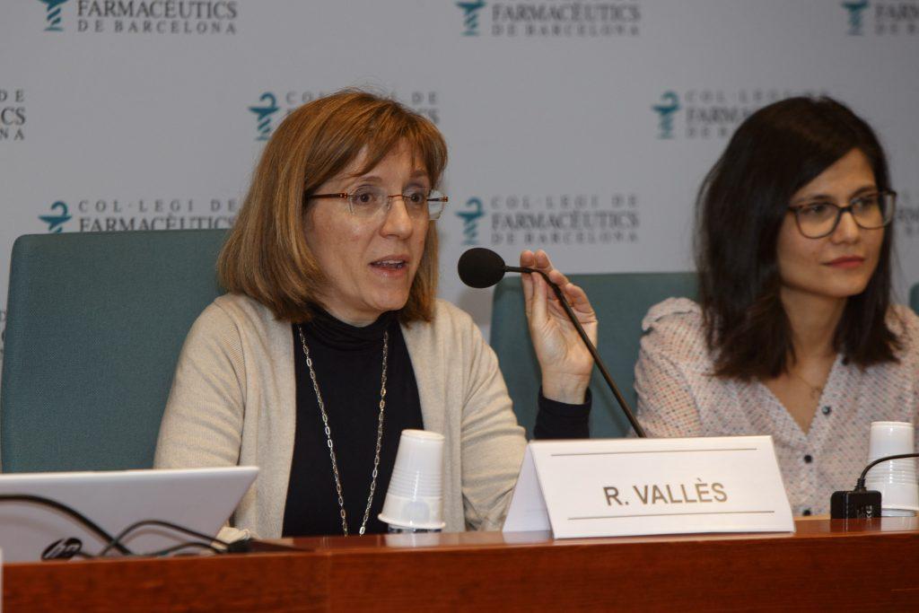 Roser Vallès, vocal d'Atenció Primària del COFB, en un moment de la sessió.