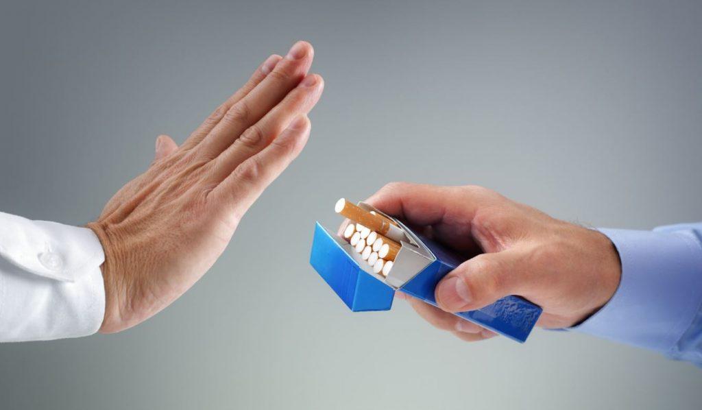 En aquesta tertúlia d'actualitat es va aprofundir en el coneixement dels tractaments farmacològics finançats pel SNS per a la deshabituació del tabac.