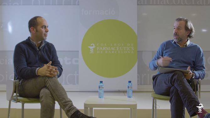 D'esquerra a dreta: Xavier Tejedor, vocal d'Anàlisis del COFB i Guillermo Bagaría, vocal d'Oficina de Farmàcia del COFB.