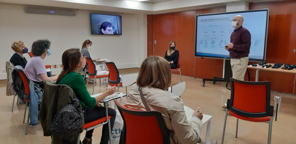 La formació va estar impartida per Antonio González, diplomat en Fisioteràpia (CEU) i Podologia (Universitat de València), especialista tècnic de producte d'Orliman.